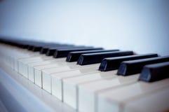 Chaves de um piano Imagens de Stock Royalty Free