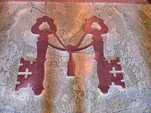Chaves do reino, no assoalho, a basílica de StPeter Imagens de Stock
