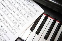 Chaves e música do piano Fotografia de Stock Royalty Free