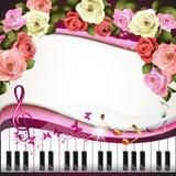 Chaves e rosas do piano Fotos de Stock