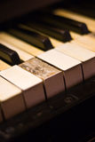 Chaves velhas do piano Fotografia de Stock Royalty Free