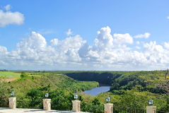 Chavon河的看法 免版税库存照片