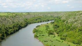 Chavon flod i La Romana, Dominikanska republiken arkivbilder