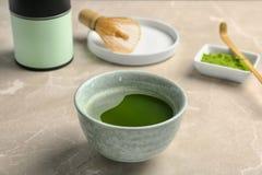 Chawan用新鲜的matcha茶 库存照片