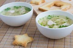 Chciken Suppe mit Nudeln Stockbilder