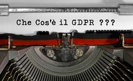 Che Cosa e il GDPR Italian text that means What is the GDPR Gene royalty free stock images