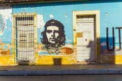 Che Guevara malowidło ścienne na ścianie w Trinidad fotografia royalty free