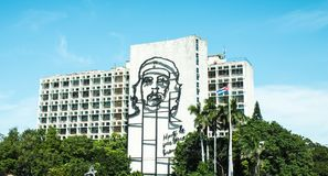 Che Guevara postać w w centrum Kuba budynku fotografia royalty free