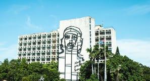 Che Guevara-Zahl in im Stadtzentrum gelegenem Kuba-Gebäude Lizenzfreie Stockfotografie