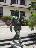 Che och behandla som ett barnmonumentet Arkivbilder