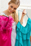 Che vestito da portare? Fotografie Stock Libere da Diritti