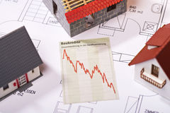 Cheap construction loans. Chart shows falling interest rates for housing loans Stock Image