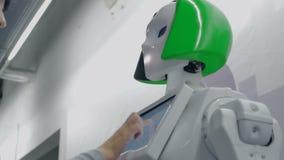 Cheboksary Rosja, Wrzesień, - 26, 2017: Miasto roboty Wystawa robotyka i zaawansowane technologie Robot z zdjęcie wideo