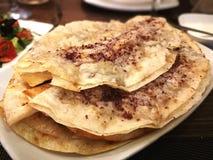 Chebureki, tradycyjny jedzenie w Azerbajan zdjęcia stock