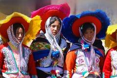 Checaspampa传统衣物的孩子 免版税库存照片