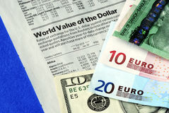 Check the foreign exchange rates Royalty Free Stock Images