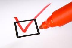 Checkbox avec le crochet rouge image libre de droits