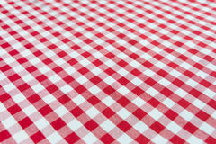 Checked red and white tablecloth Royalty Free Stock Photos