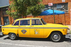 Checker taxi Maratoński samochód produkujący Checker Jadący Korporacja obrazy stock