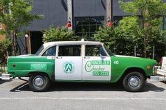 Checker taxi Maratoński samochód produkujący Checker Jadący Korporacja Zdjęcia Royalty Free