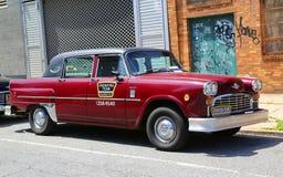 Checker taxi Maratoński samochód produkujący Checker Jadący Korporacja Zdjęcie Royalty Free