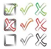 Checkmarkierung, -häckchen und -kreuz Stockfotografie