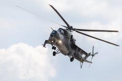 Checo Mil Mi - 24 helicópteros de ataque traseiros Fotografia de Stock Royalty Free