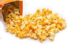 Cheddar-Käse-Popcorn Lizenzfreies Stockfoto