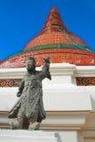 chedi中国神pathom phra雕象寺庙 免版税库存图片