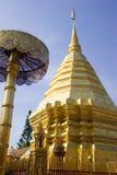 Chedi en el templo de Doi Suthep Foto de archivo libre de regalías