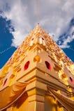 Chedi Prathat Phutthakhaya (pagoda) Immagine Stock