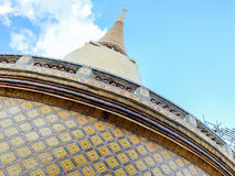 Chedi and wall details at Wat Ratchabopit Royalty Free Stock Image
