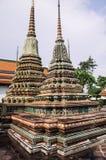 Chedi a Wat Pho, Bangkok Tailandia Immagini Stock
