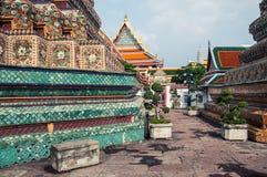 Chedi a Wat Pho, Bangkok Tailandia Fotografia Stock Libera da Diritti