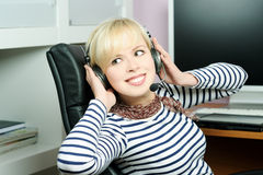 Cheerful girl in headphones Royalty Free Stock Photos