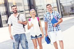 Cheerful students in the campus Royalty Free Stock Photography