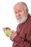 Cheerfull hög man med den gröna koppen som isoleras på vit Royaltyfri Bild