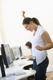 cheering computer room standing woman στοκ εικόνες με δικαίωμα ελεύθερης χρήσης