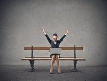 Cheering da mulher de negócio Fotografia de Stock
