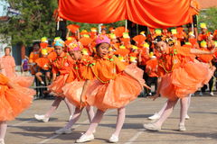 Cheerleader Sports elementary school students Stock Images