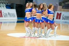 Cheerleadern dans Stockfotografie