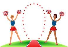 Cheerleadern mit Pom-poms nahe dem stargate Lizenzfreie Stockfotografie