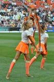 Cheerleaders op het gebied Royalty-vrije Stock Fotografie