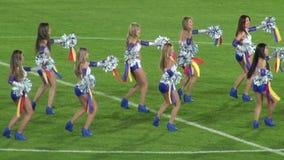 Cheerleaders, Talent, Uitvoerders