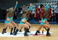 Cheerleaders tanczyć Obrazy Stock