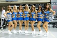 Cheerleaders van de Non-conformisten van Dallas Stock Afbeeldingen