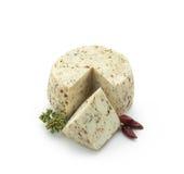 Chees dos carneiros com pimenta vermelha e oregano Fotografia de Stock Royalty Free