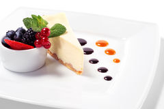 Cheese Cake With Fresh Berries Royalty Free Stock Photo