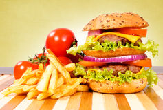 Cheeseburger χρόνος Στοκ Εικόνα