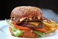 cheeseburger Foto de Stock Royalty Free
